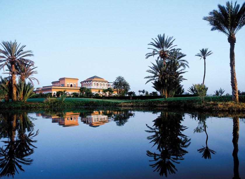 Palais Namaskare