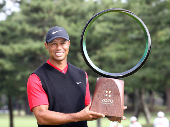 INZAI, JAPAN - OCTOBER 28: Tiger Woods of the United States poses with the trophy after the award ceremony following the final round of the Zozo Championship at Accordia Golf Narashino Country Club on October 28, 2019 in Inzai, Chiba, Japan. (Photo by Chung Sung-Jun/Getty Images)