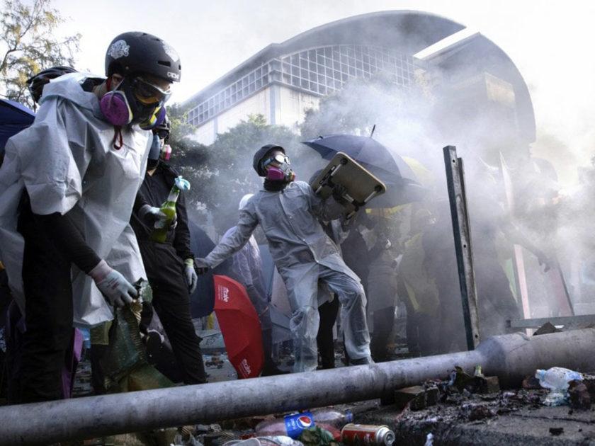 I disordini fermano l'Hong Kong Open